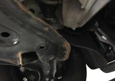 Prossinger Automobile: Fahrzeugsanierung Unterboden – vorher